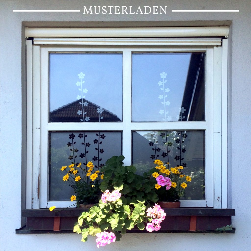 Sichtschutz für Fenster mit Folien - Musterladen