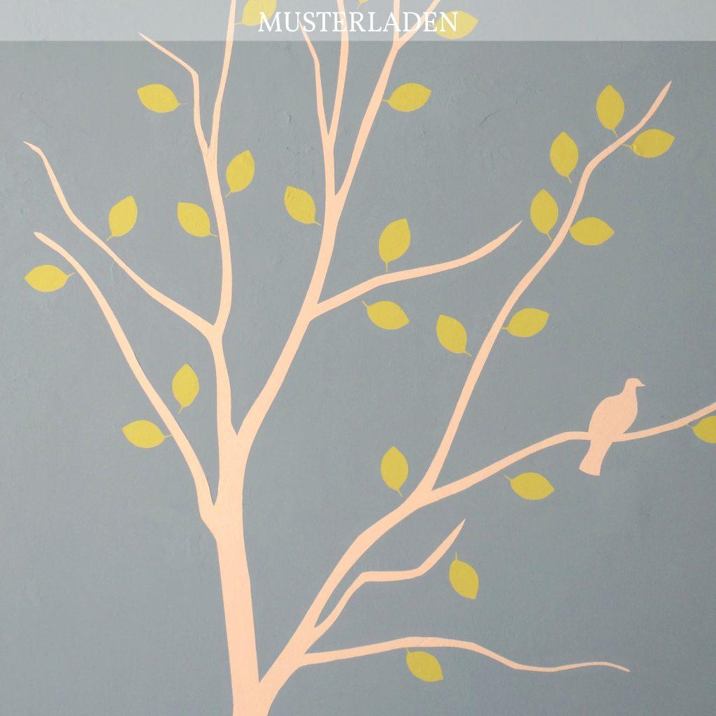 Wandmalerei Baum mit Vögeln und Blumen - Caroline Rager | Musterladen